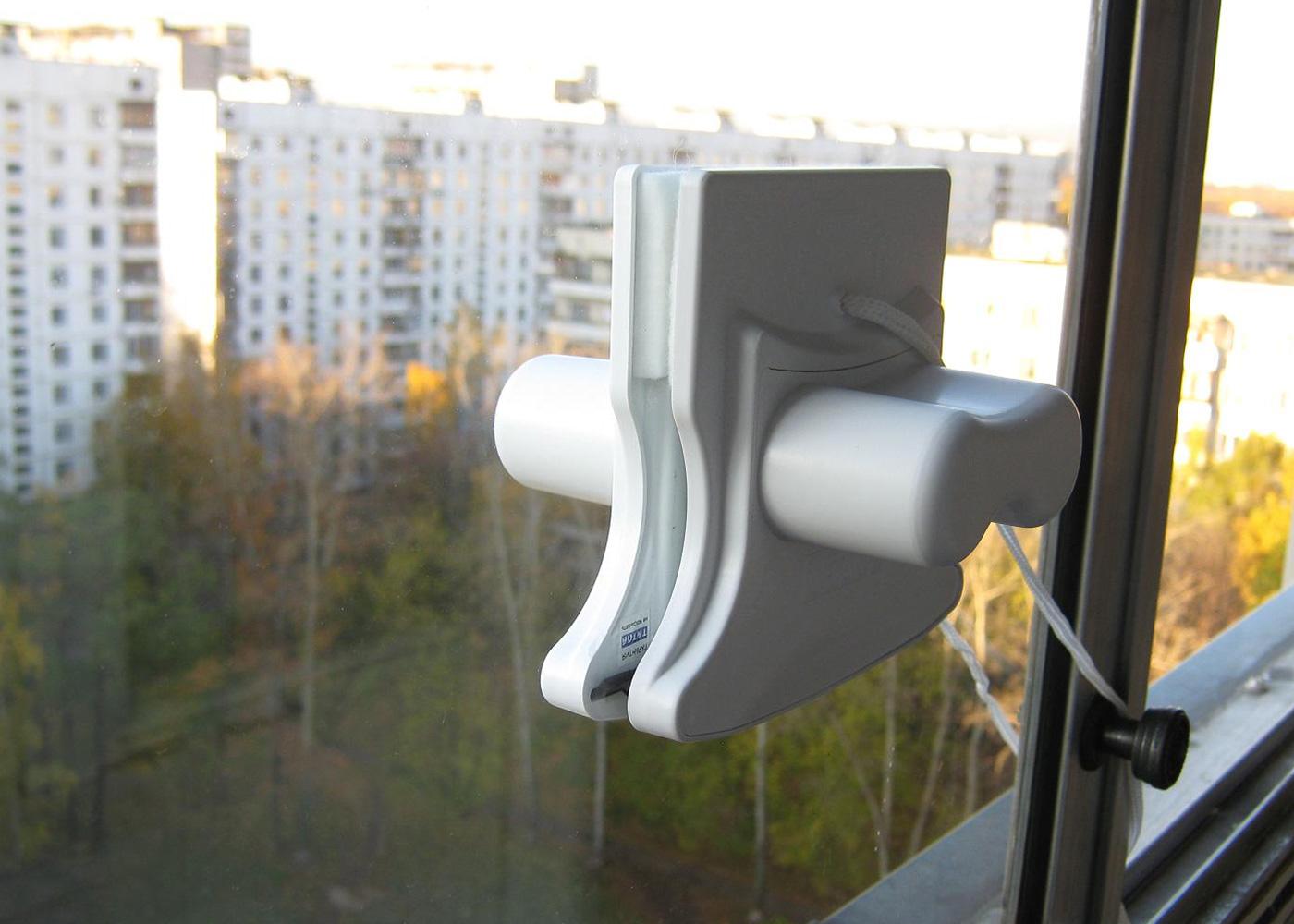 магнитная щётка для мытья окон - новое и интересное приспособление
