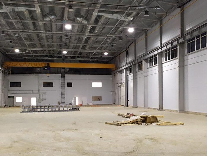 Уборка склада после строительства